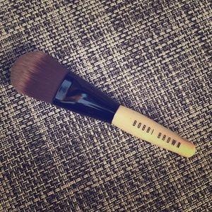 Bobbie Brown Mini Foundation Brush